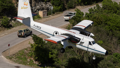 PJ-WCB - De Havilland Canada DHC-6-300 Twin Otter - Winair - Windward Islands Airways