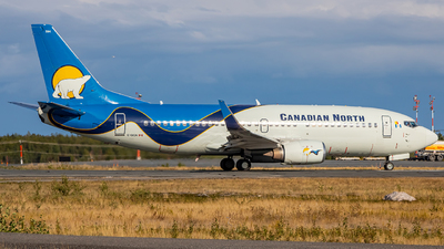 C-GICN - Boeing 737-36Q - Canadian North