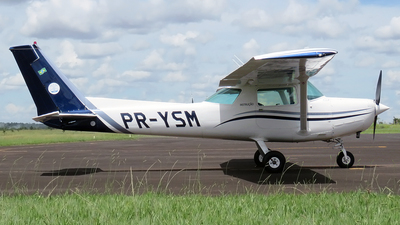 PR-YSM - Cessna 152 - Private