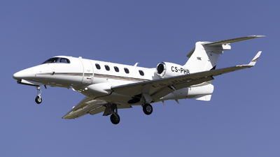 A picture of CSPHB - Embraer Phenom 300 - NetJets - © Olivier Landes