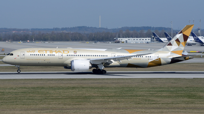 A picture of A6BLW - Boeing 7879 Dreamliner - Etihad Airways - © Benjamin Exenberger