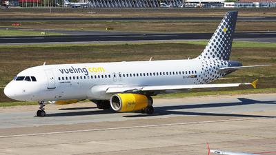 EC-LRM - Airbus A320-232 - Vueling