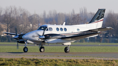 M-LEYS - Beechcraft C90GT King Air - Private