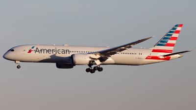 A picture of N838AA - Boeing 7879 Dreamliner - American Airlines - © RobertLN