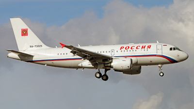 RA-73025 - Airbus A319-115X(CJ) - Rossiya Airlines