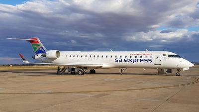 ZS-NBG - Bombardier CRJ-701 - SA Express
