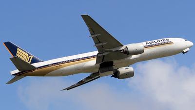 9V-SVI - Boeing 777-212(ER) - Singapore Airlines