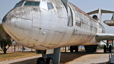 TS-JHV - Boeing 727-2H3(Adv) - Tunisair
