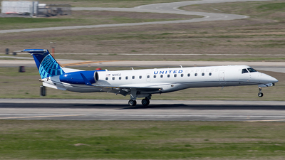 A picture of N11150 - Embraer ERJ145XR - United Airlines - © Yixin Chen