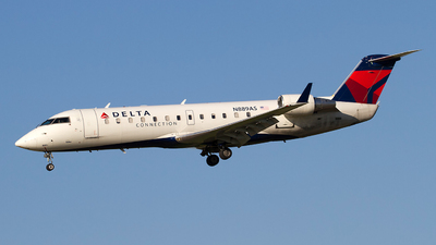 N889AS - Bombardier CRJ-200ER - Delta Connection (SkyWest Airlines)