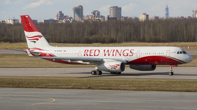 RA-64049 - Tupolev Tu-204-100B - Red Wings