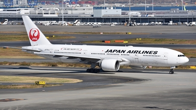 JA701J - Boeing 777-246(ER) - Japan Airlines (JAL)