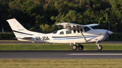 VH-JDA - Cessna 206H Stationair - Private