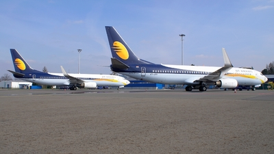 VT-JTF - Boeing 737-86N - Jet Airways