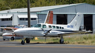 VH-THX - Cessna 402C - Private