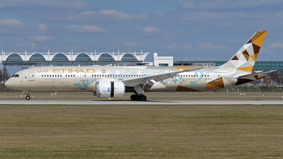 A picture of A6BLN - Boeing 7879 Dreamliner - Etihad Airways - © Hugo Schwarzer