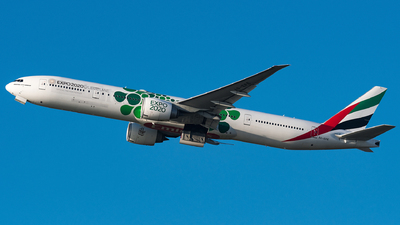 A picture of A6EPE - Boeing 77731H(ER) - Emirates - © Matteo Buono