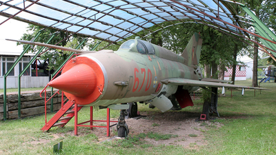 670 - Mikoyan-Gurevich MiG-21MF Fishbed J - German Democratic Republic - Air Force