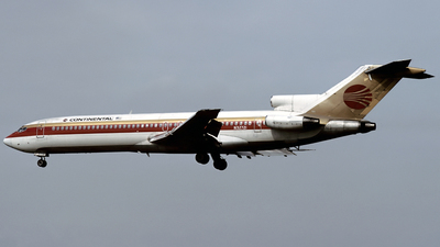 N32721 - Boeing 727-224 - Continental Airlines