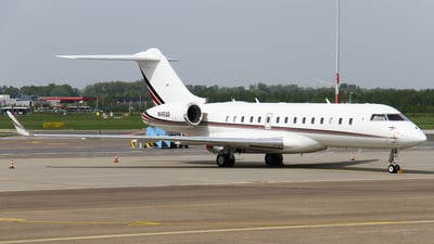 N145QS - Bombardier BD-700-1A10 Global 6000 - NetJets Aviation