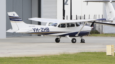 VH-ZHB - Cessna 172S Skyhawk - Private