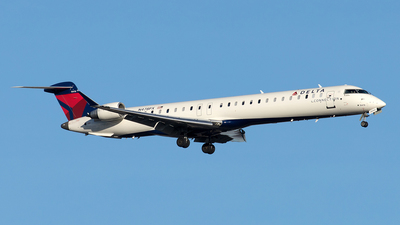 A picture of N478PX - Mitsubishi CRJ900LR - Delta Air Lines - © Yixin Chen