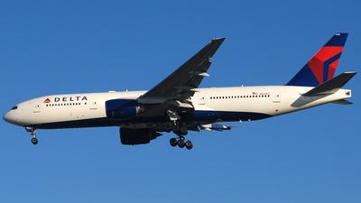 N862DA - Boeing 777-232(ER) - Delta Air Lines