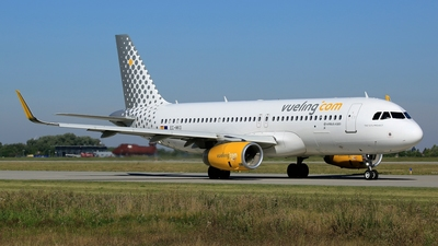 EC-MKO - Airbus A320-233 - Vueling
