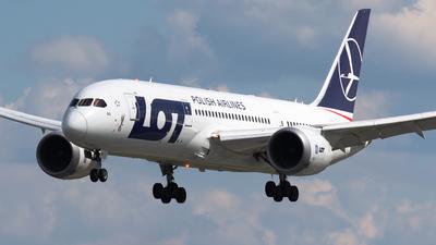 A picture of SPLRG - Boeing 7878 Dreamliner - LOT - © Igor Piotrowicz