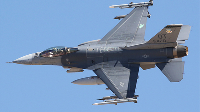 88-0420 - General Dynamics F-16CM Fighting Falcon - United States - US Air Force (USAF)