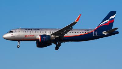 VP-BFH - Airbus A320-214 - Aeroflot
