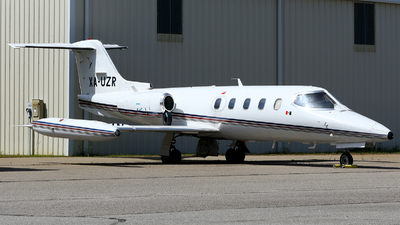 XA-UZR - Gates Learjet 25D - Private
