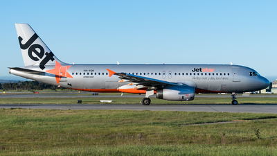 A picture of VHVQH - Airbus A320232 - Jetstar Airways - © Andrew Lesty