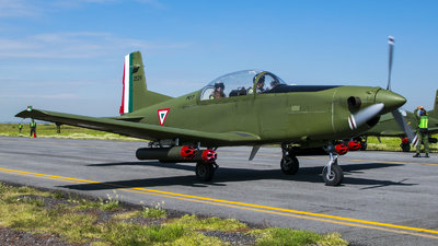 2528 - Pilatus PC-7 - Mexico - Air Force