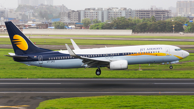 VT-JFZ - Boeing 737-85R - Jet Airways