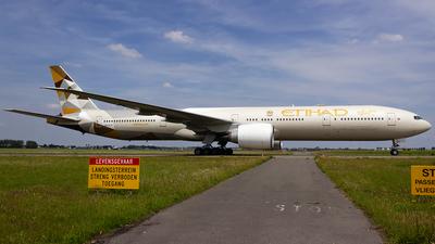 A6-ETF - Boeing 777-3FXER - Etihad Airways