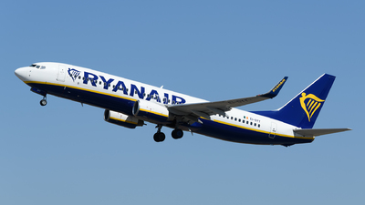 A picture of EIDYY - Boeing 7378AS - Ryanair - © Rui Marques