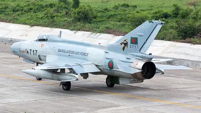 2717 - Chengdu F-7BGI - Bangladesh - Air Force
