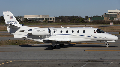 N100YB - Cessna 560XL Citation Excel - Private