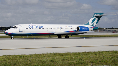 N974AT - Boeing 717-2BD - airTran Airways