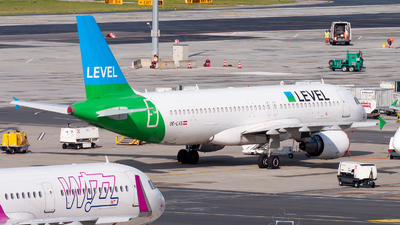 OE-LVS - Airbus A320-216 - Level (Level Europe)
