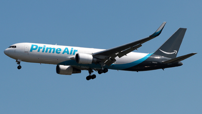 N1361A - Boeing 767-31B(ER)(BDSF) - Amazon Prime Air