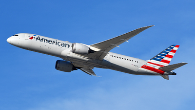 A picture of N822AN - Boeing 7879 Dreamliner - American Airlines - © Rocky Wang