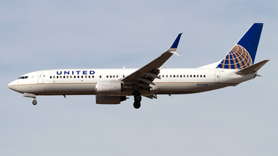 N27205 - Boeing 737-824 - United Airlines