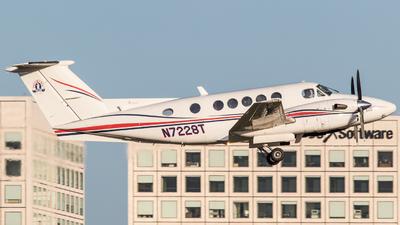 N7228T - Beechcraft 300 Super King Air - Private