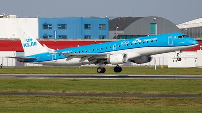 A picture of PHEXV - Embraer E190STD - KLM - © Kuba Kawczynski