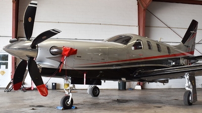 N940LA - Socata TBM-700 - Private