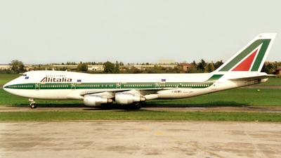 I-DEMT - Boeing 747-243B(M) - Alitalia