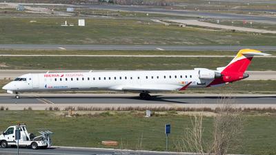 A picture of ECMJO - Mitsubishi CRJ1000 - Iberia - © Mateo León