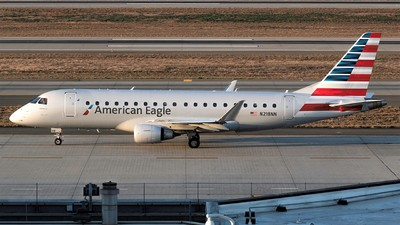 A picture of N218NN - Embraer E175LR - American Airlines - © Zachary Pham